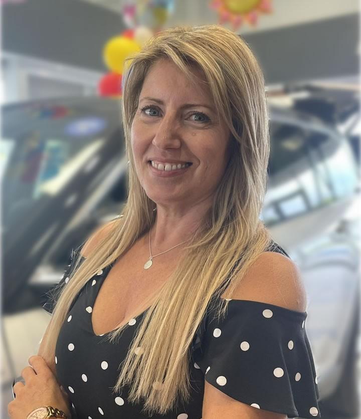 Yolande Van-De-Spiegle